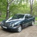 Автомобиль бизнес-класса Mercedes-Benz E-class W210